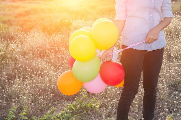 Mulher com balões