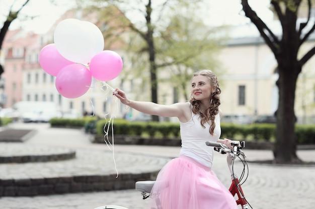 Mulher com bicicleta