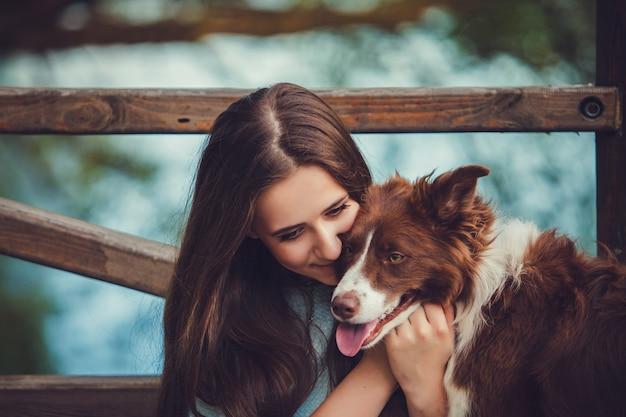 Mulher, com, dela, bonito, cão