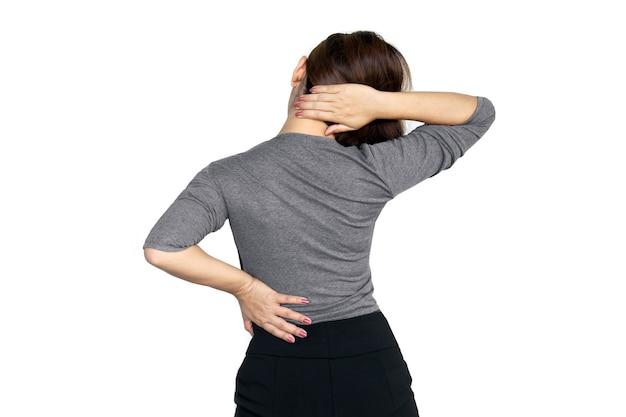 Mulher com dor na região lombar e no ombro