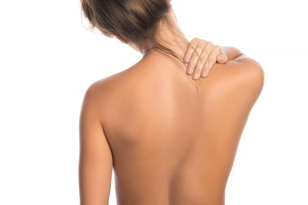 Mulher com dor nas costas e pescoço