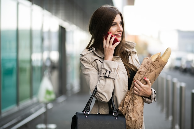 Mulher com pão