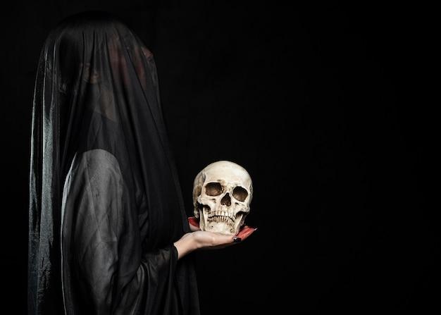 Mulher, com, pretas, véu, e, espaço cópia
