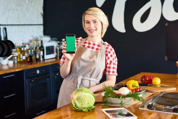 Mulher com smartphone