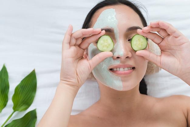 Mulher, com, um, máscara facial, em, um, spa
