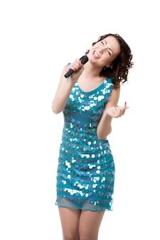 Mulher com um microfone