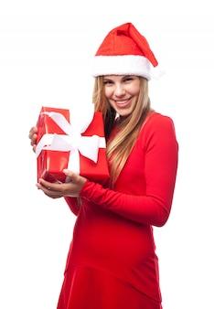 Mulher com um presente