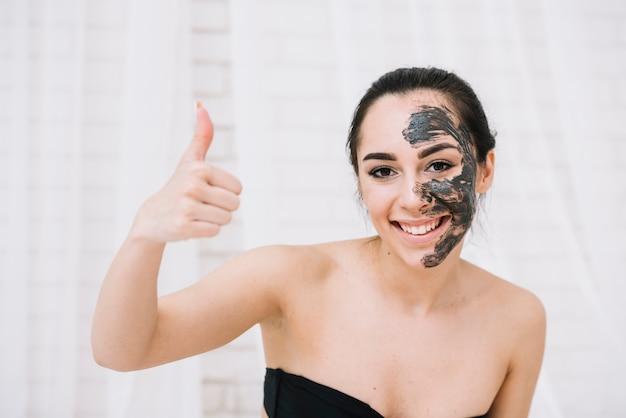 Mulher, com, um, tratamento facial