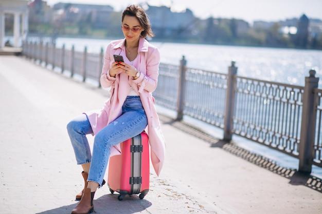 Mulher, com, viajando, saco
