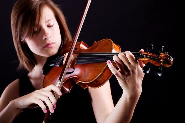 Mulher com violino