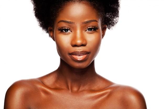 Mulher de beleza afro-americana