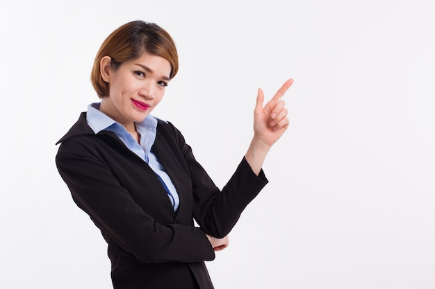 Mulher de negócios apontando o dedo