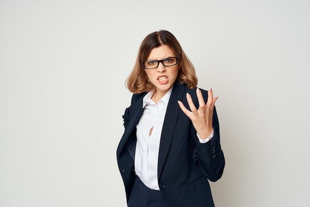 Mulher de negócios gerente de escritório, trabalho profissional, luz de fundo
