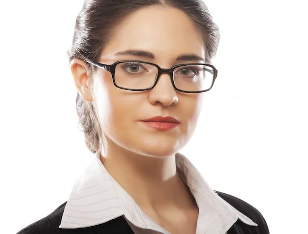 Mulher de negócios jovem com óculos