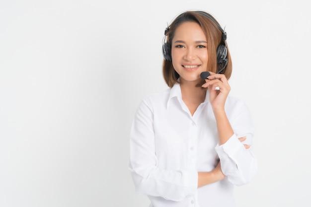 Mulher de operador de centro de chamada.