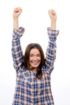 Mulher de sucesso vencedora feliz em êxtase comemorando ser uma vencedora