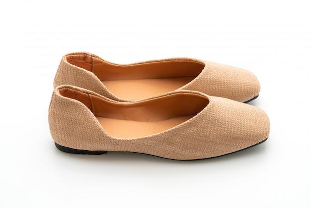 Mulher e mulher sapatos baixos