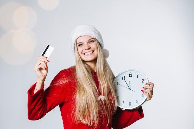 Mulher, em, vermelho, com, relógio, e, cartão
