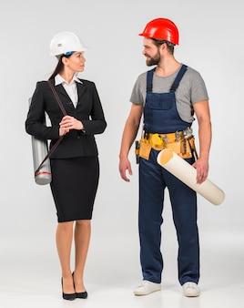 Mulher, engenheiro, e, construtor, falando