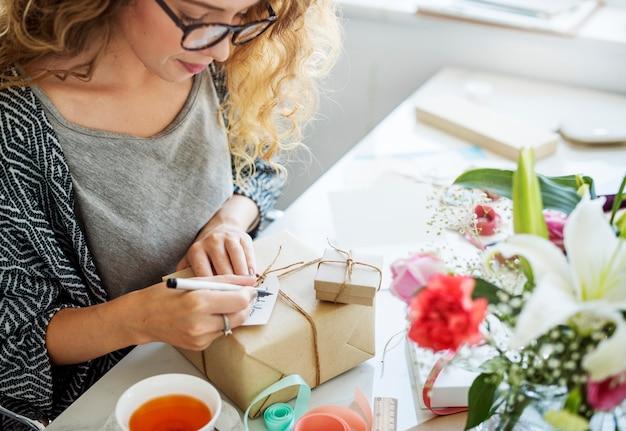 Mulher, escrita, desejando, cartão