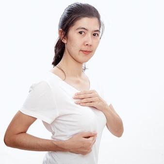 Mulher, examinando, mesma, para, câncer mama