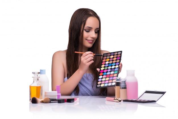 Mulher, fazendo, maquiagem, isolado, branco