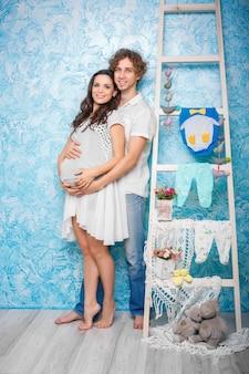 Mulher grávida, com, dela, marido
