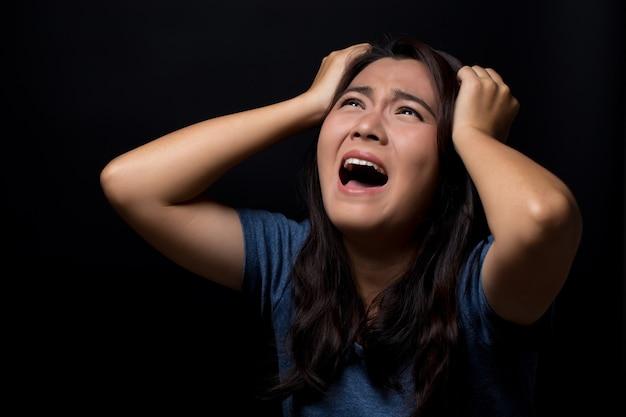 Mulher gritando