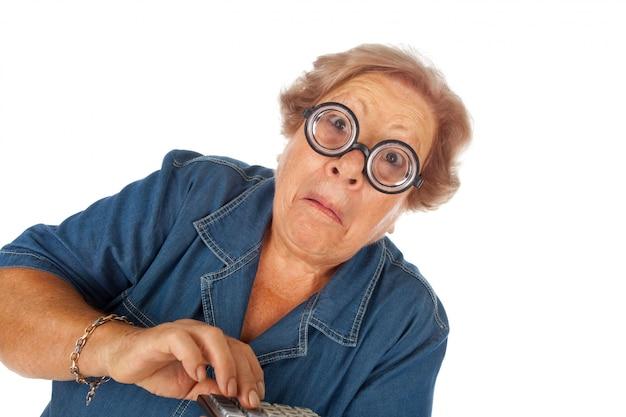 Mulher idosa, com, calculadora