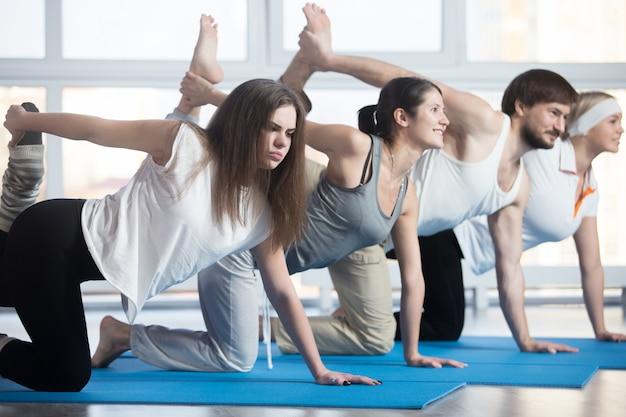 Mulher infeliz exercitando
