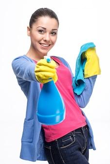 Mulher jovem, com, detergente
