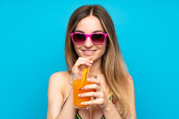 Mulher jovem, em, biquíni, em, férias verão