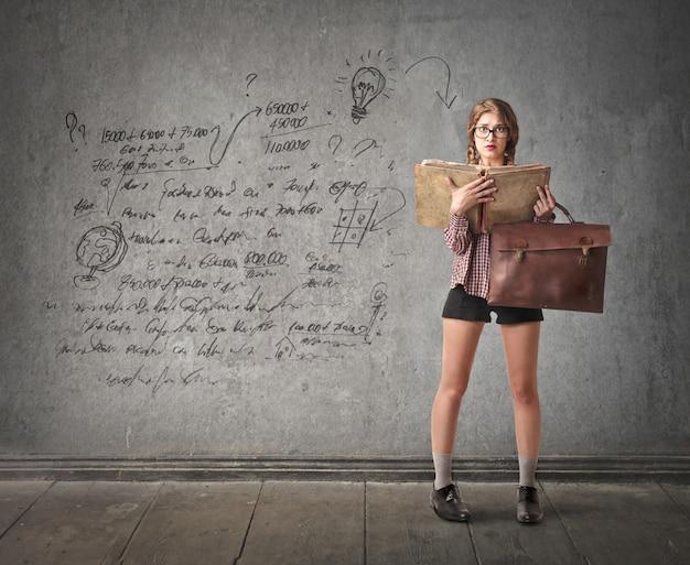 Mulher jovem estudante