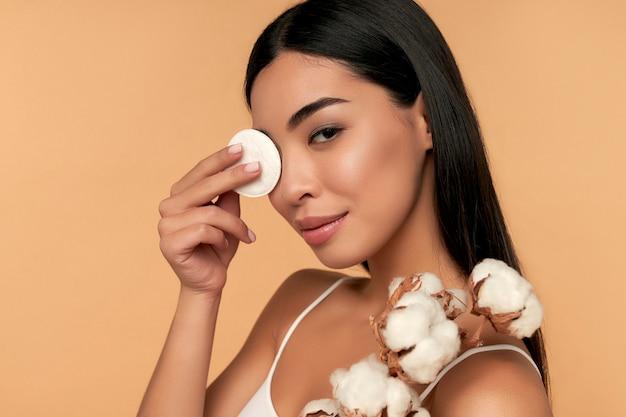 dicas para encontras as melhores loções de limpeza facial
