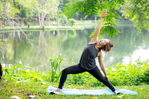 Mulher, mais que, 50, ano velho, prática, ioga