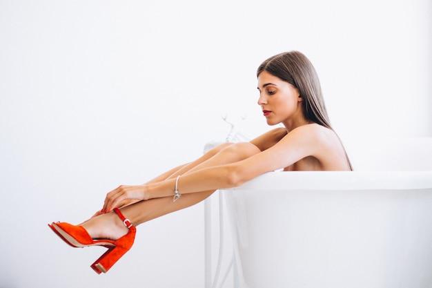 Mulher, mentindo, banheiro, moda, fotografia