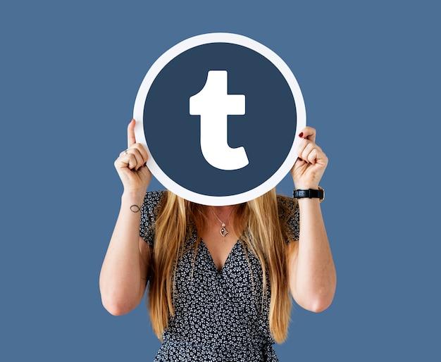 Mulher, mostrando, um, tumblr, ícone