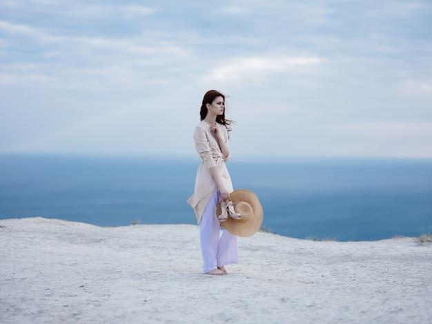 Mulher na ilha, férias, paisagem, praia