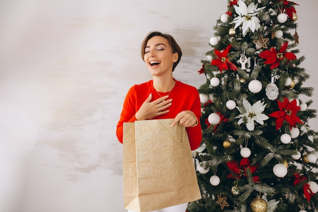 Mulher, natal, presentes, natal, árvore