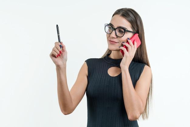 Mulher negócio, em, vestido preto, e, óculos