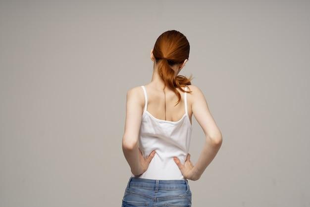 Mulher, quiropraxia, reumatismo, problemas de saúde, isolado, fundo