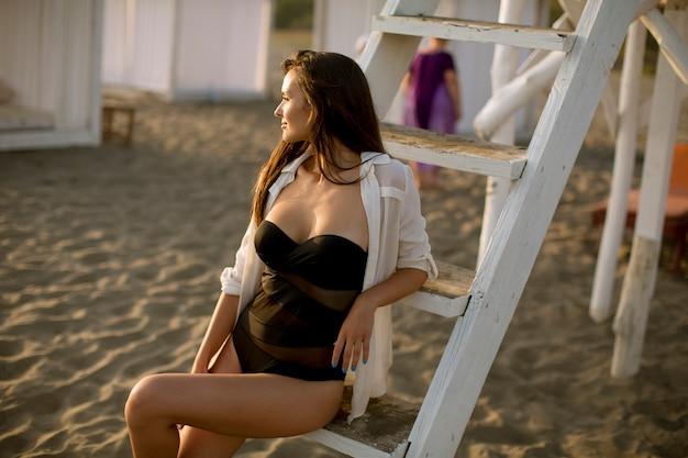 Mulher, relaxante, praia