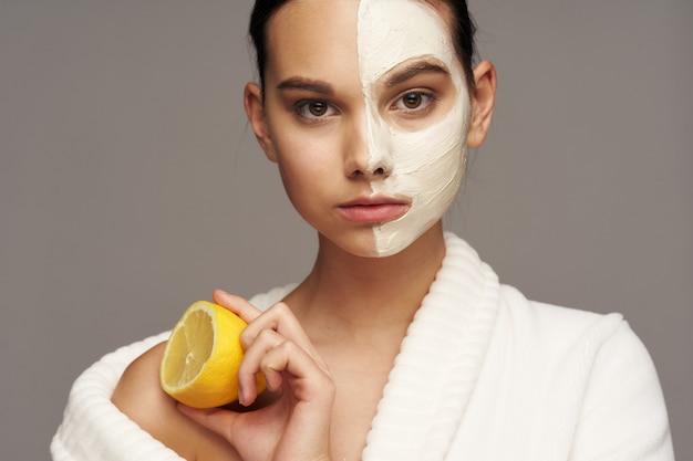 Mulher rosto cuidados, máscaras e retrato