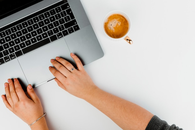 Mulher, trabalhando, computador