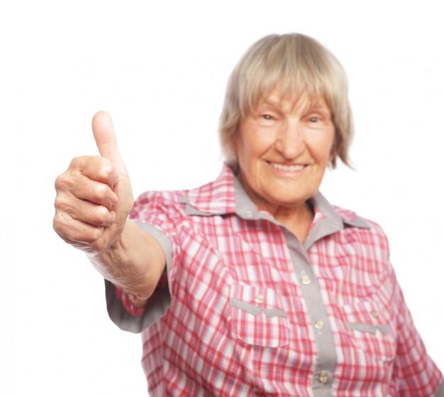 Mulher velha, mostrando, ok, sinal