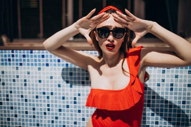 Mulher, vermelho, natação, paleto, moda