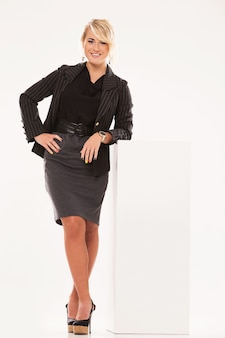 Mulher vestida de negócios