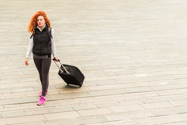 Mulher, viajando, ao redor, mundo