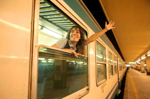 Mulher, waving, de, um, trem