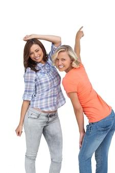 Mulheres dançando juntos